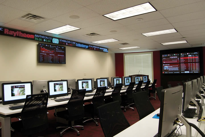 H-E-B School of Business and Administration's finance lab open for business