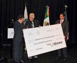 (Pictured L-R) Consul Jose Antonio Larios; UIW President  Dr. Louis J. Agnese, Jr.; and UIW Vice President of International Affairs Marcos Fragoso.