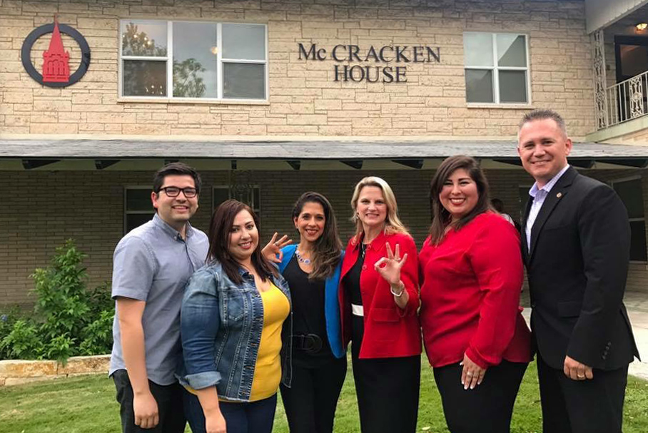 UIW Welcomes the 2017 Executive Board of the Alumni Association